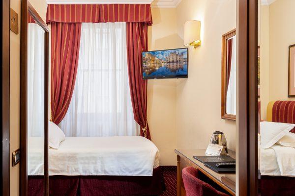 hotel_berna_rooms_002