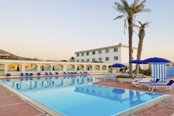 vl_gallery_427_5_hotel_club_baia_dei_mulini_piscina